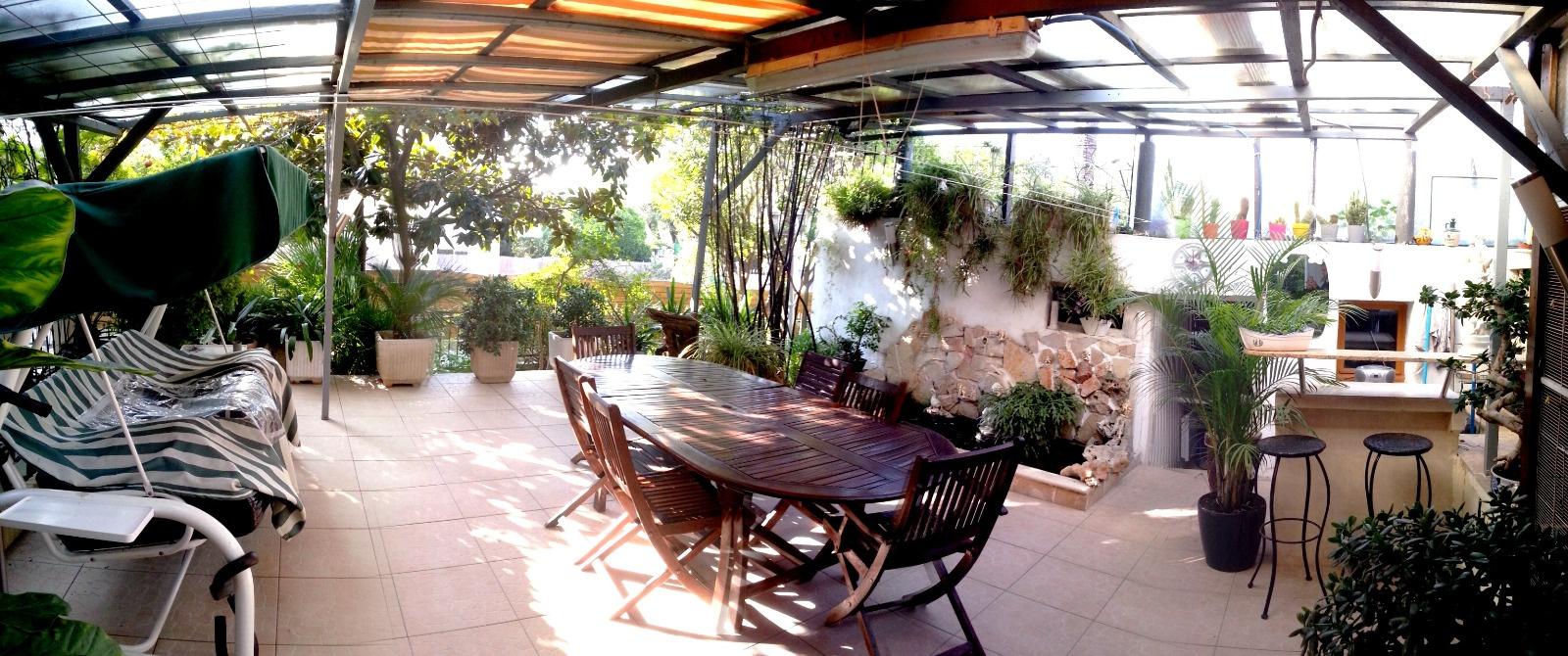 Vente villa sur le toit avec jardin 82m antibes for Antibes restaurant le jardin